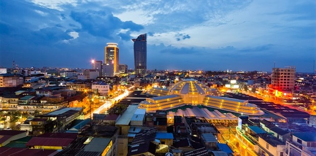 Phnom Penh at night