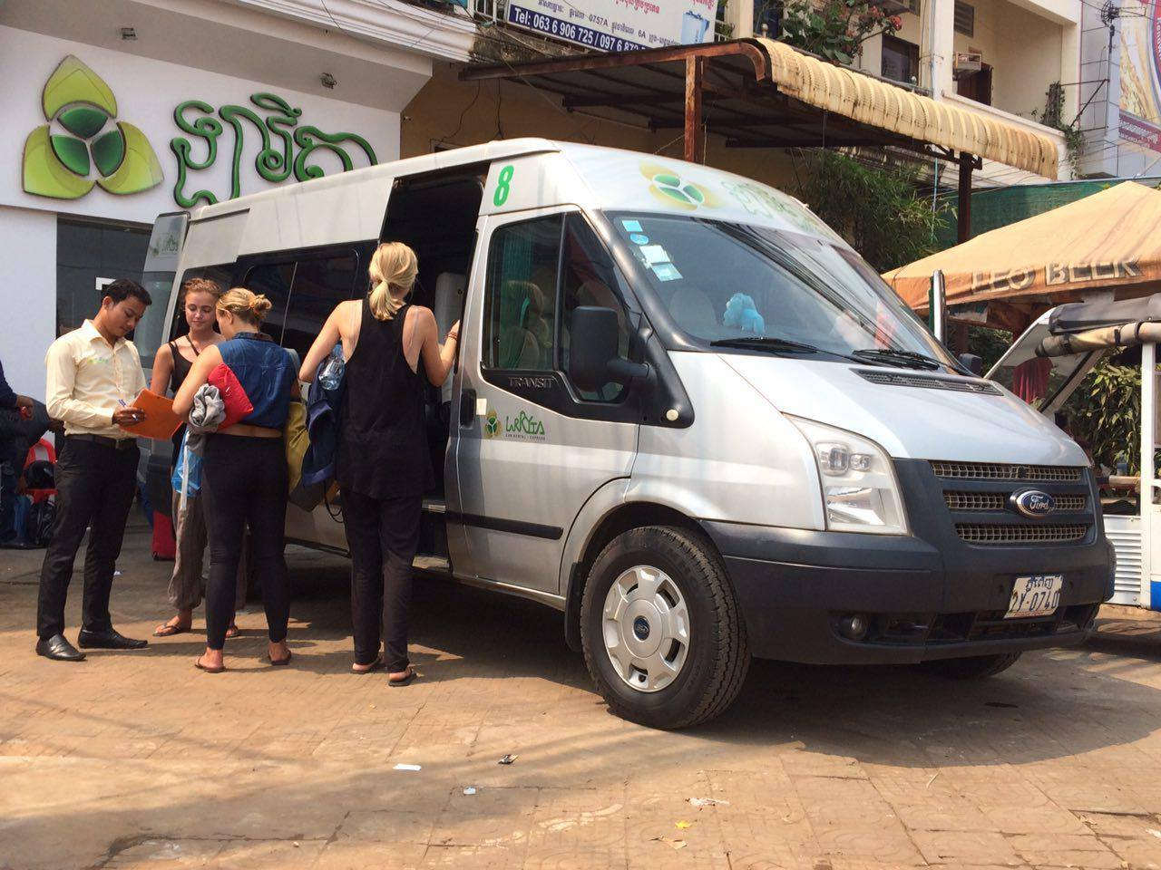 Larryta Express Mini Bus, Cambodia Bus Ticket, Online Bus Ticket Booking, Phnom Penh Bus Ticket