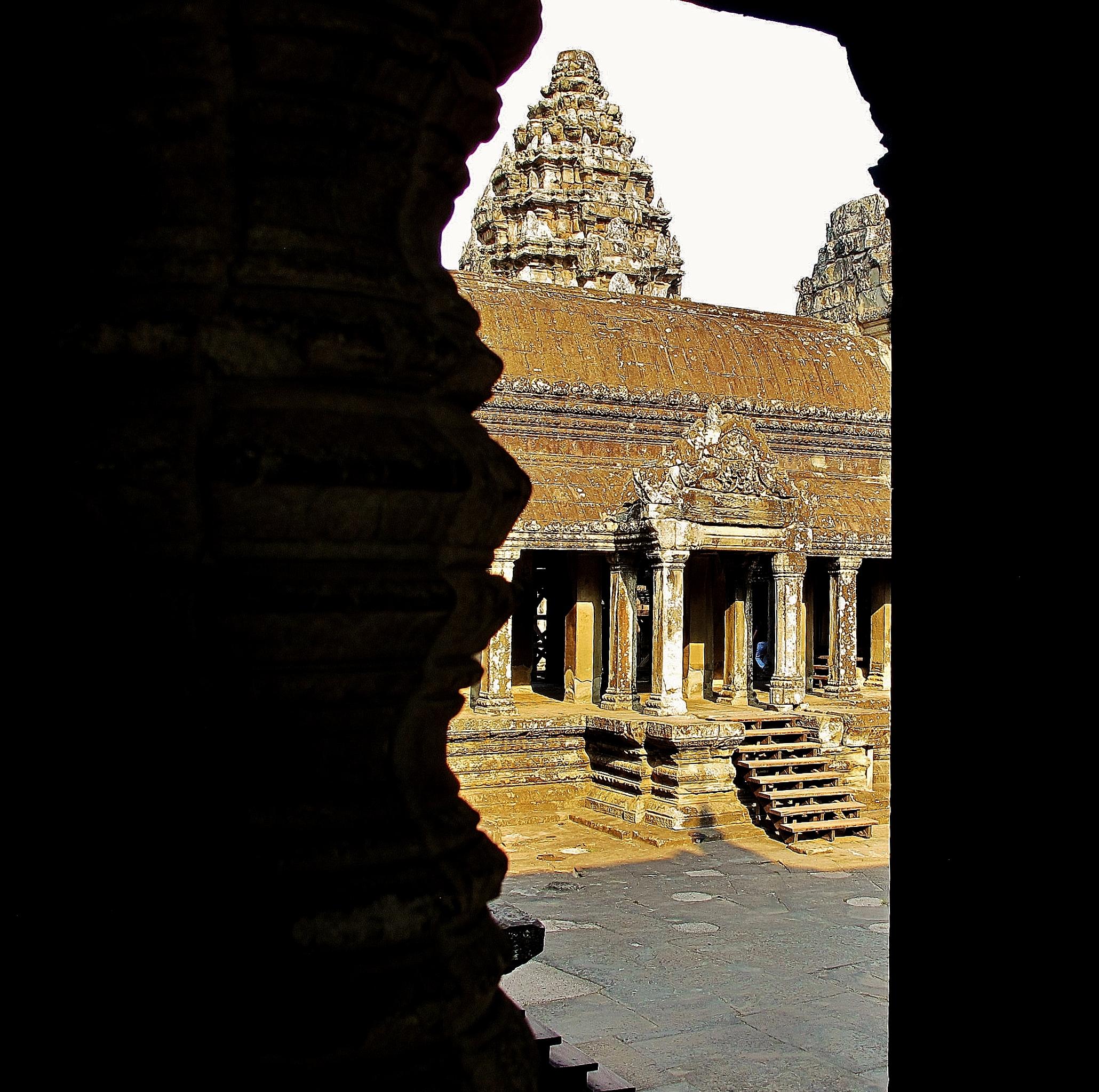 Angkor Visit